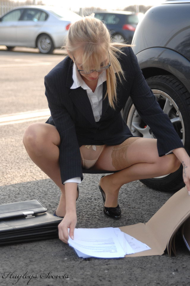 Business Women Accidental Upskirts